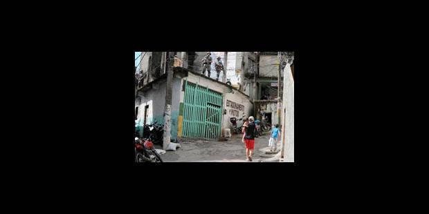 Dans les favelas, le football offre une alternative au trafic de drogue - La Libre