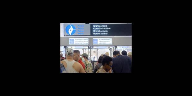 Le Comité P pointe les manquements de la police des aéroports - La Libre