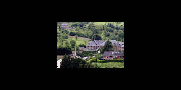 Le monastère de Malonne encerclé