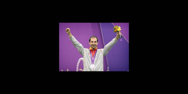 Lionel Cox médaillé d'argent du tir couché - La Libre