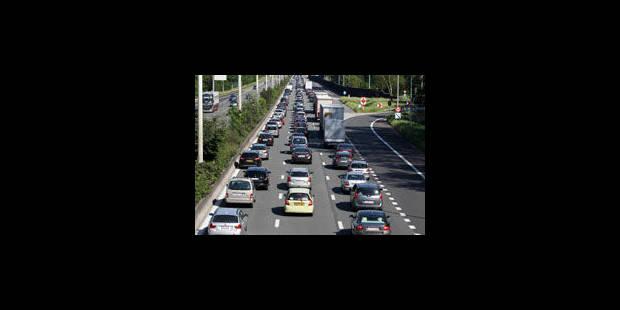Trafic perturbé sur la E40 en direction de Bruxelles - La Libre