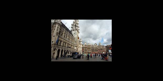 Résoudra-t-on l'énigme de la tour de l'Hôtel de Ville de Bruxelles ? - La Libre