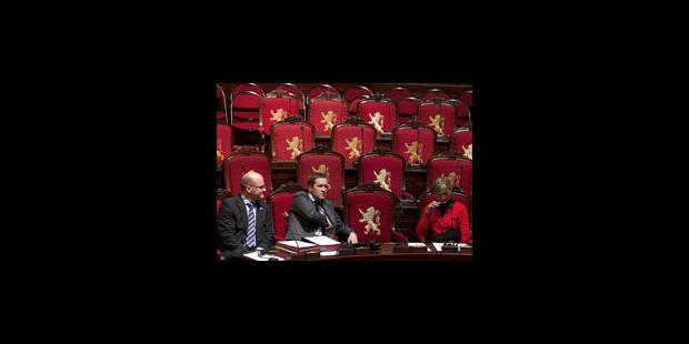 WALLONIE : grignoté sur sa gauche, le PS garde un oeil sur le MR - La Libre