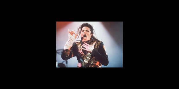 Le gant de Michael Jackson vendu une fortune! - La Libre