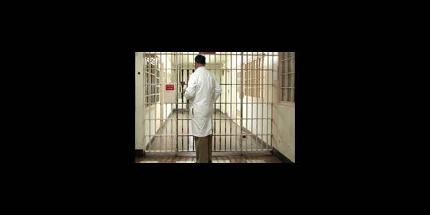 Prestations impayées : les médecins des prisons entament une grève administrative - La Libre