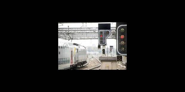 Les trains belges grillent moins de feux rouges - La Libre
