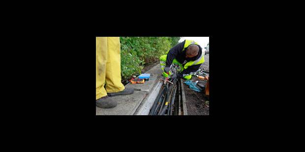 Vol de cables et coups de feu entre Charleroi-Sud et Walcourt - La Libre