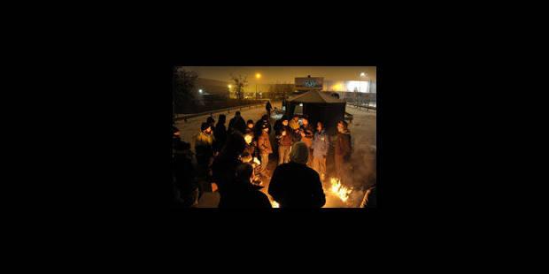 Ford Genk: libération des secrétaires syndicaux après deux heures de prise en otage - La Libre