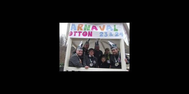 Hotton tient son 1er carnaval