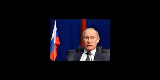 Poutine veut légiférer sur les parachutes dorés - La Libre