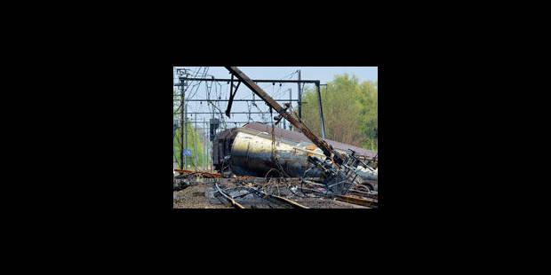 Explosion à Schellebelle: le conducteur roulait trop vite - La Libre