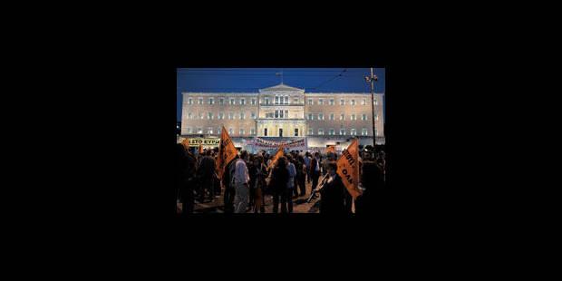 La Grèce va restructurer son secteur public - La Libre