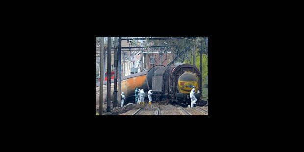 Schellebelle: Le train roulait à 87 km/h au lieu de 40