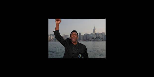 Le Roi Pelé se livre en privé - La Libre