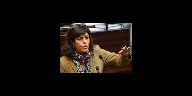 Les sanctions administratives passent le cap de la Chambre, pas de la rue - La Libre