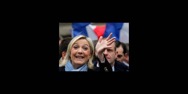 Marine Le Pen demande l'asile en France pour Snowden