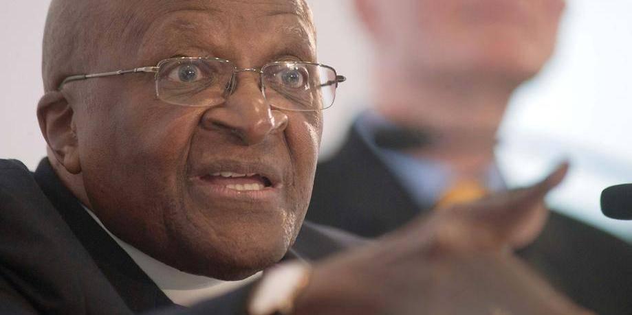 """Desmond Tutu : """"Je ne louerais pas un Dieu homophobe"""""""