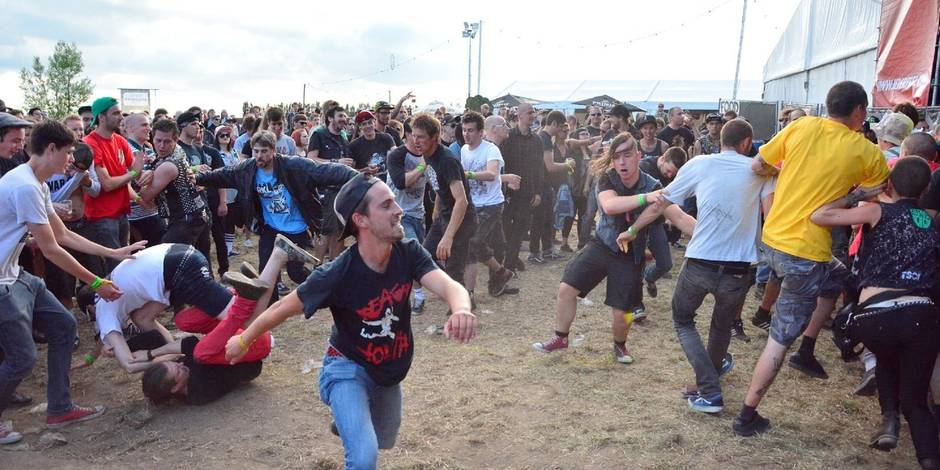 L'Ieperfest a attiré près de 10.000 fans de hardcore
