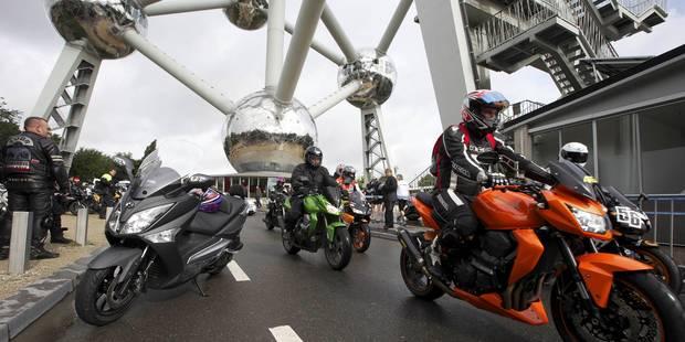 La rue de la Loi paralysée par 800 motards en colère - La Libre