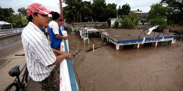 Mexique: dix-neuf morts, pris en tenaille par un ouragan et une tempête tropicale - La Libre