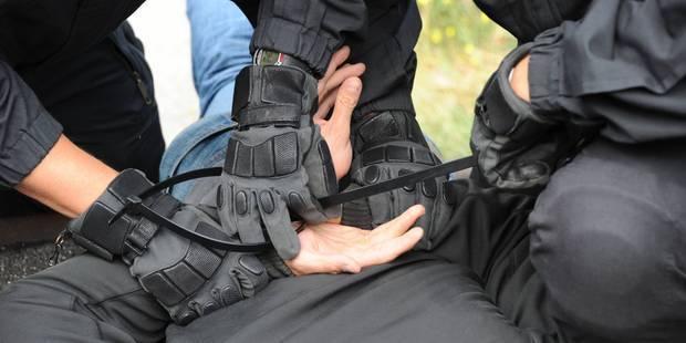 Un hooligan arrêté à Lisbonne est... policier bruxellois - La Libre