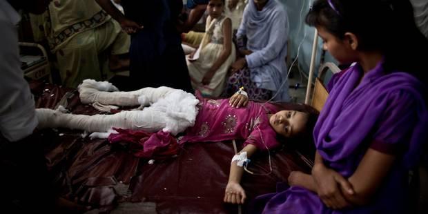 Pakistan: près de 350 morts dans le séisme - La Libre
