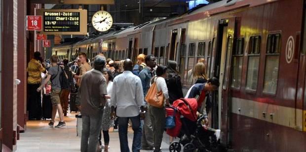 """Trains en retard: une indemnité pour le passager """"même en cas de force majeure"""" - La Libre"""