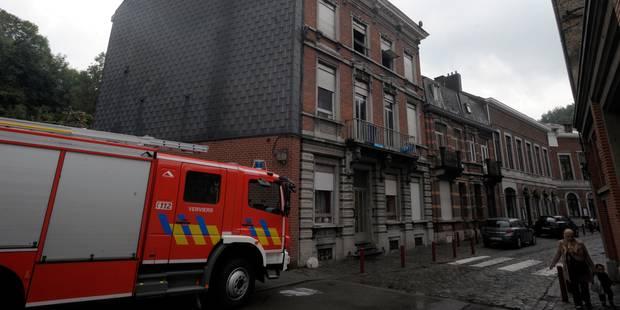 L'incendie dans l'ancienne caserne à Liège a été maîtrisé - La Libre