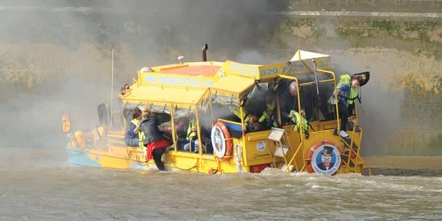 Londres : un bateau de touristes en feu sur la Tamise - La Libre