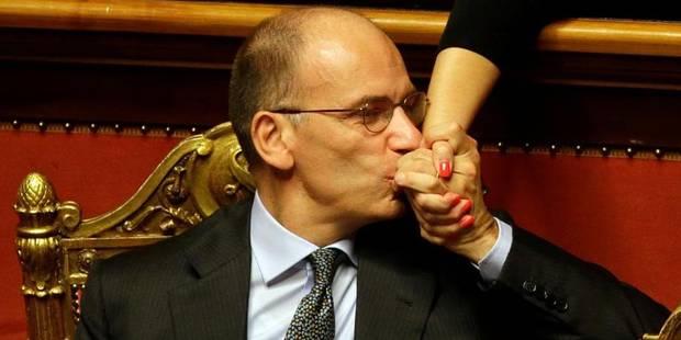 Berlusconi capitule devant la fronde interne - La Libre