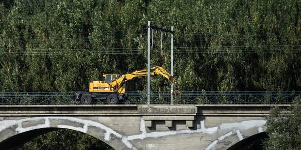 Accident de train à Fourons: la deuxième voie opérationnelle à minuit - La Libre