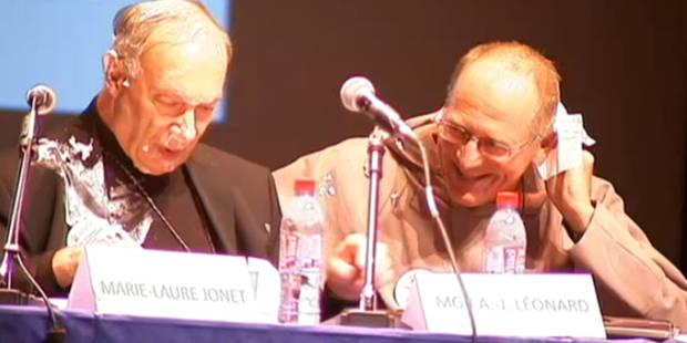 Mgr Léonard entarté lors d'un colloque à Bruxelles - La Libre