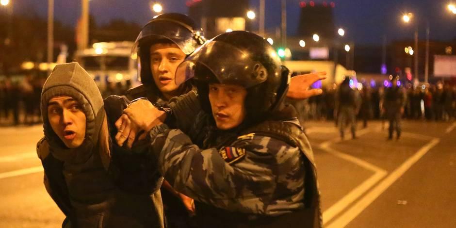 La police russe lance des opérations anti-immigrés après des émeutes xénophobes