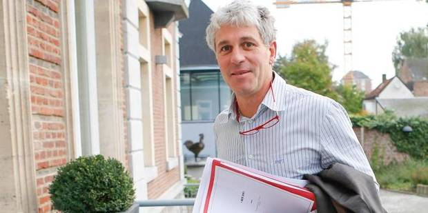 """Licenciements économiques: rencontre """"positive"""" entre Paul Furlan et les syndicats - La Libre"""