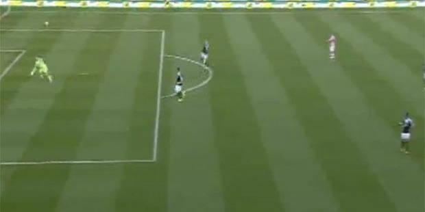 Premier League: un gardien marque de sa propre surface après 13 secondes - La Libre
