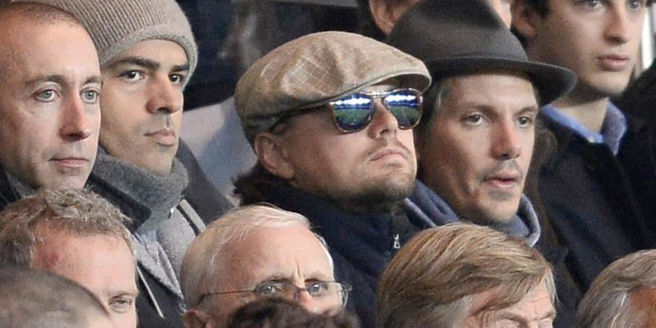 Reynders assis aux côtés de Di Caprio au Parc des Princes