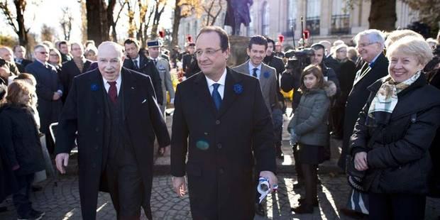 Hollande hué, inutile d'accabler TF1 - La Libre