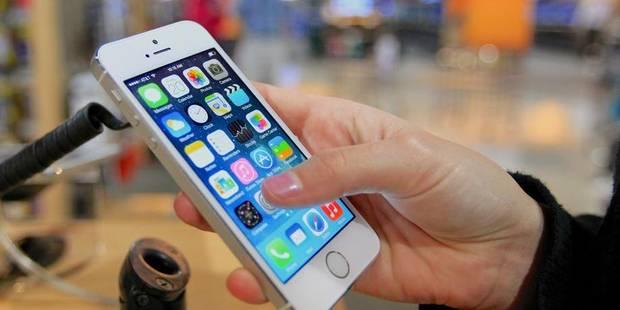 Base montre les dents face à Apple - La Libre