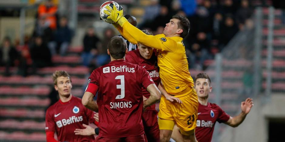 Charleroi et le Club de Bruges se quittent sur un nul (2-2)