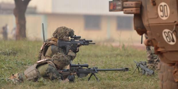Centrafrique: important déploiement militaire français à Bangui - La Libre