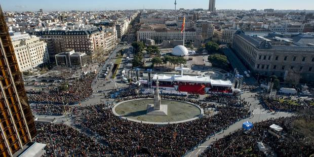 Espagne: grande messe en défense de la famille - La Libre