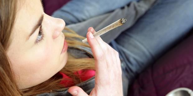 La légalisation du cannabis, un conflit de générations? - La Libre