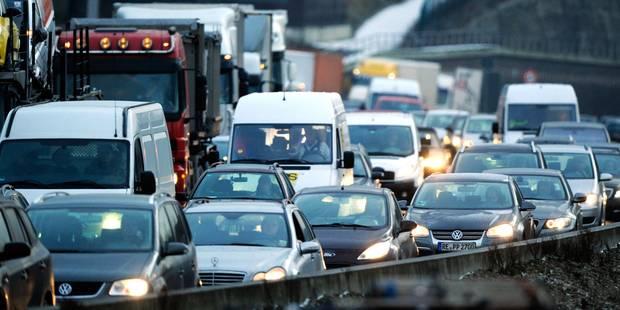 Apocalypse sur les routes: le verglas fait déjà trois victimes - La Libre