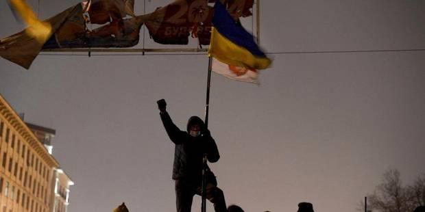 """""""On ne rentrera pas chez nous tant que Ianoukovitch sera au pouvoir"""" - La Libre"""