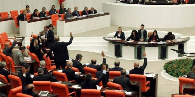 """La Turquie vote une loi """"liberticide"""" - La Libre"""