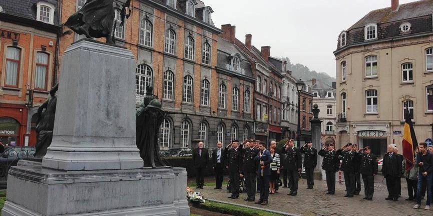 Dinant, la marraine de l'Ecole royale militaire - La Libre