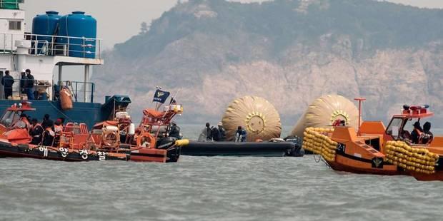 Naufrage du ferry: plus de 100 morts et près de 200 disparus - La Libre