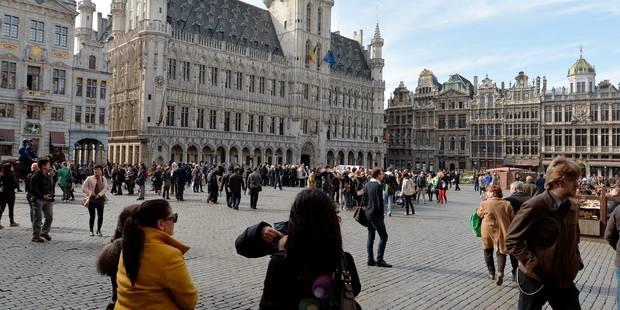 De nouveaux travaux de restauration sur les façades de la Grand-Place de Bruxelles - La Libre