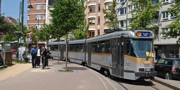 Jette: le trafic du tram 51 rétabli après un incident lié à la ligne aérienne - La Libre