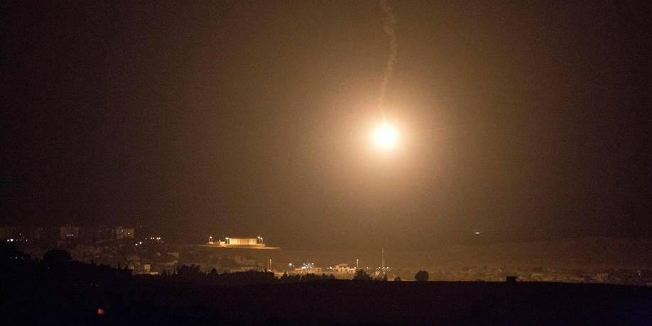 Gaza: Intensification des roquettes palestiniennes et des raids israéliens